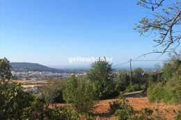 Plot with old house and great country-/sea views...